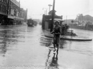 Rainy day, Hunter and Scott Street, 1946.