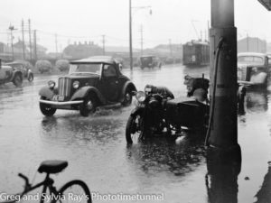 0246-Rainy-Day-Hunter-Street-20-12-1940.jpg