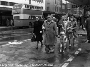 Shoppers in Hunter Street, Newcastle. Postwar 1940s.