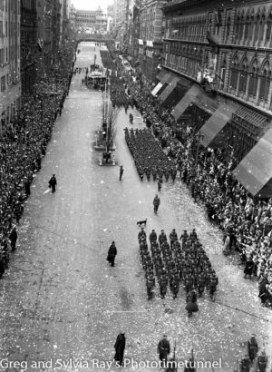 Parade for the return of the AIF's 9th Division in Sydney, April 2, 1943. (14)