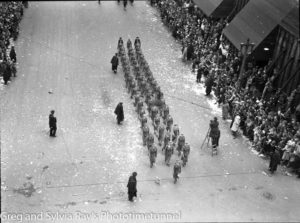 Parade for the return of the AIF's 9th Division in Sydney, April 2, 1943. (16)