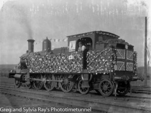 Locomotive decorated to raise money for Australia Day in Newcastle, NSW, 30-7-1915. (2)