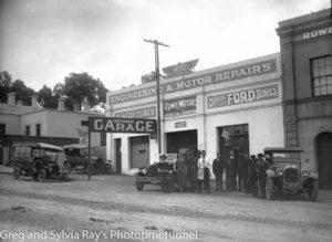 Rowe Motors service station, Castlemaine, Victoria, circa 1920.