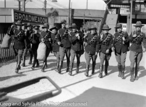 Troops leaving Broadmeadow for Liverpool camp, 26-9-1937