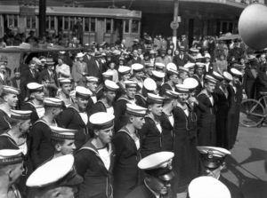 Sailors from HMAS Maitland in Newcastle during World War 2.