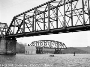First span of the new Hawkesbury River Bridge being floated into position, September 15, 1944. (1)