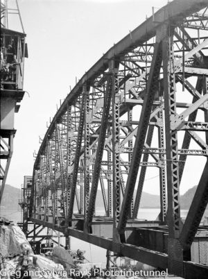 First span of the new Hawkesbury River Bridge being prepared for flotation to its position, September 15, 1944. (7)