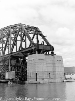 First span of the new Hawkesbury River Bridge being placed in position, September 15, 1944. (8)