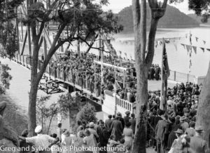 Crowd at the official opening of the road bridge over the Hawkesbury River, May 5, 1945