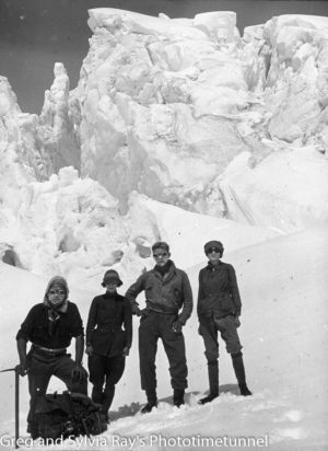 Australian expeditioners Marie Byles and Marjorie Edgar Jones with alpine guides Frank Alack and Harry Ayres in New Zealand in 1935. (2)