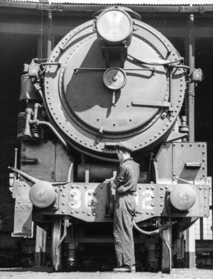 Front end of a 36-class steam locomotive, circa 1940s.