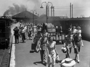 Crowd at Newcastle Railway Station, NSW, on New Year's Day 1946.