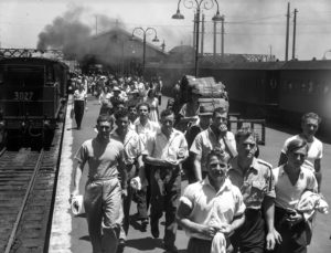 Crowd at Newcastle Railway Station, NSW, on New Year's Day 1946. (2)