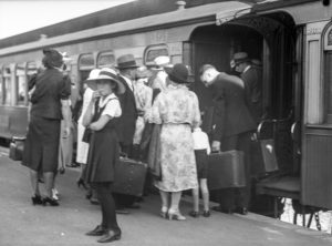 Easter crowd at Newcastle Railway Station, Newcastle, NSW, March 25, 1937. (12)