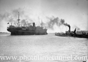 Ship Bendigo in Newcastle Harbour, NSW, November 19, 1935. (1)