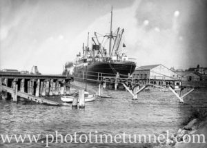 Ship Zealandic in Newcastle Harbour, NSW, November 5, 1935. (3)