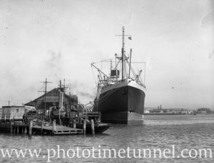Ship Perthshire and tug Waratah in Newcastle Harbour, August 18, 1937.