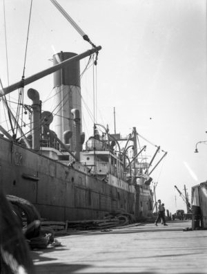 Shipping in Newcastle Harbour, August 27, 1946. (2)