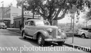 Bank Corner Taxi in Hunter Street, Newcastle, NSW, circa 1950.