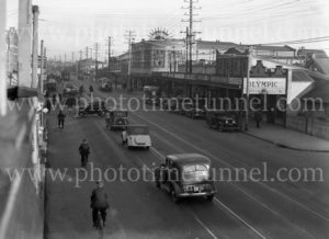 Maitland Road, Islington, NSW, on June 9, 1939, with Herbert's Regent Cinema at right. (2)