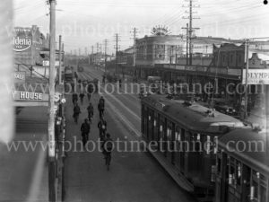 Maitland Road, Islington, NSW, on June 9, 1939, with Herbert's Regent Cinema at right. (3)