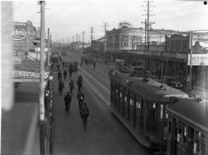 Maitland Road, Islington, NSW, on June 9, 1939, with Herbert's Regent Cinema at right. (3)