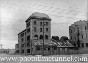 Technical College, Wood Street, Hamilton (Newcastle, NSW) October 30, 1942.