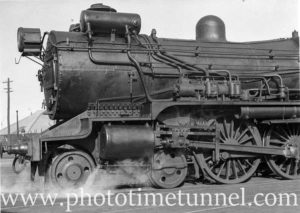 Super-heated locomotive 3508 in Newcastle , NSW, February 18, 1936. (2)