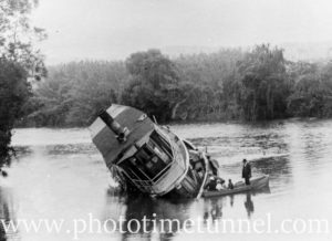 A Paterson River incident: when the Guthrey ran aground.