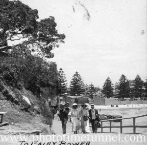 Road to Fairy Bower, Manly, Sydney NSW, Early 20th century.