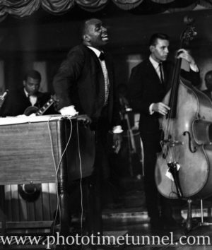 American jazz musician Earl Grant's show at Chequers nightclub, Sydney, January 27, 1965.
