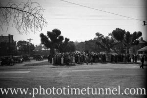Service being conducted at East Maitland war memorial, NSW, circa 1930s. (3)