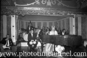 American cabaret singer Frances Faye at Chequers nightclub, Sydney, April 10, 1965. (6)