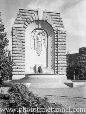 War memorial Adelaide, SA, 1936. (2)