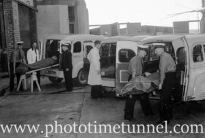 Ambulances and patients at Newcastle Hospital, October 19, 1945. (20)
