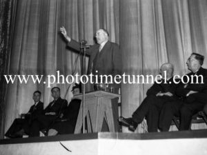 Labor Party identity and former NSW Premier Jack Lang in Newcastle, May 21, 1944. (2)