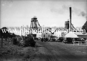 John Darling colliery, Belmont, NSW, August 7, 1945. (4)