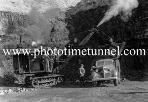 Caldare open-cut coalmine, Cessnock NSW, circa 1947 (1)