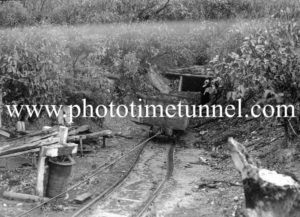 Mining resumes after a stoppage at a Hunter Valley colliery (NSW), May 20, 1940. (2)