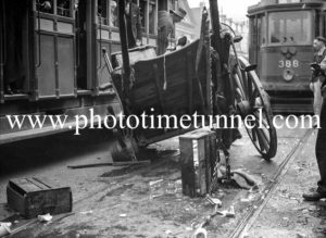 Accident between a tram and a vendor driving a horse-drawn vehicle in Hunter Street, Newcastle, NSW, August 1935. (1)