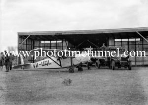 De Havilland Puss Moth aircraft VH-UQL in Newcastle, NSW, as part of the Mackay aerial expedition to Central Australia, July 22, 1935.