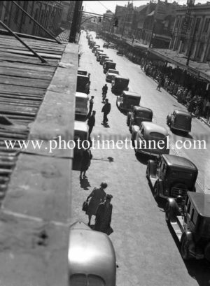 Procession at the funeral of Presbyterian minister and RAAF Chaplain Andrew Robson McVittie in Newcastle on November 6, 1947. (4)