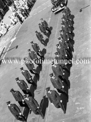 Procession at the funeral of Presbyterian minister and RAAF Chaplain Andrew Robson McVittie in Newcastle on November 6, 1947. (6)