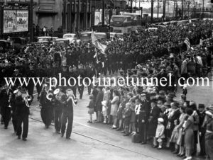 Anzac Day march in Hunter Street, Newcastle, 1947.