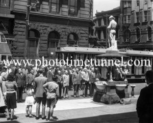 Remembrance Day service at the Gardner Memorial, Newcastle, NSW, November 11, 1946.
