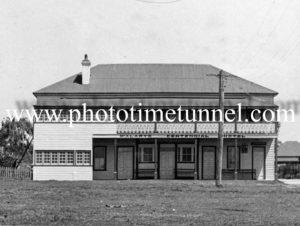 Centennial Hotel Smithtown, NSW circa 1940s.