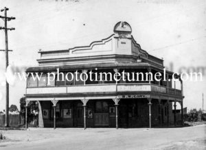 Imperial Hotel, Richmond, NSW circa 1940s.