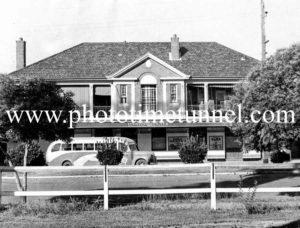 Railway Hotel, Tamworth, NSW c1950s.