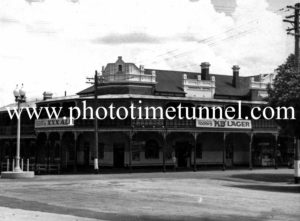 Tamworth Hotel, Tamworth, NSW c1950s.