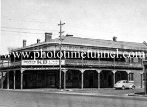 Union Club Hotel, Wagga Wagga, NSW c1940s.